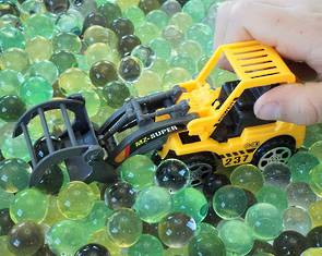 Water Beads - Construction Zone